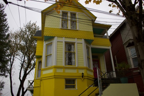 yellowhouseimg
